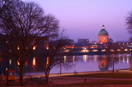 Toulouse at Sunset © Guillaume Dubé